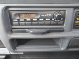 純正AM・FM付きオーディオ装着されています。