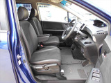 運転席も助手席もヘタリはございません!!座り心地の良いシートです♪