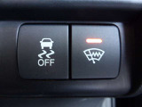 左側パワースライドドアです!運転席にあるボタンでも操作可能なので、使い勝手が良いです!