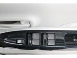 納車点検:ご購入頂いたお車は、全127項目にわたる納車整備項目をプロメカニックがチェックします。詳しくはお気軽にお問合せください。