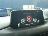 ナビやオーディオ機能以外に車両のモニタリングや設定ができるマツダコネクト。
