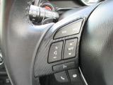 ステアリングには、運転しながら手元でオーディオ操作が可能なオーディオコントロールスイッチを装備。