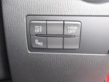 各種安全装備のオンオフスイッチは運転席右下に装備されています!ボタンひとつで簡単に操作が可能な優れものですよ♪