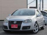 VW独自のハッチバック!デザインと実用性を兼ね備えたおなじみのGTI♪とびっきりプライスで登場!お早目のお問い合わせ、スタッフ一同心よりお待ちしております☆