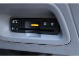 ETC車載器はビルトインですっきり収納