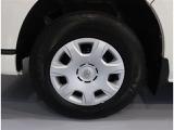 195-80R15  タイヤ残り溝2mm