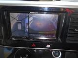 ナビ画面とルームミラーにアラウンドビューモニターの映像が映ります。ナビはCD/DVD再生・Bluetooth接続が可能です!
