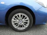 スバルのシンメトリカルAWDは左右対称でバランスのいいレイアウト。直進安定性に優れ、さまざまなシーン安心感に満ちた走りが愉しめます。