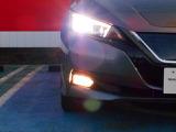 とても明るくて夜間も安心・しかも消費電力も少ないLEDヘッドライト付き。