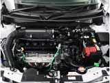 【エンジンルーム】エンジンルームもキレイに洗浄されています。ご納車前にしっかり整備させて頂きますので、ご安心ください。