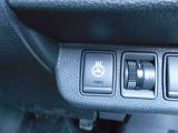 ステアリングヒーターを装備、冷たいステアリング操作から開放され、真冬でも快適にドライブできます。