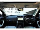 ジャガー Fペイス プレステージ 2.0L D180 ディーゼル 4WD
