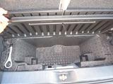 デッキボードの下には、大容量の収納スペースがあります。