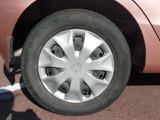 【タイヤ】専用ホイールキャップです。タイヤサイズは、155/65R13です。