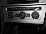2ゾーンフルオートエアコンです!フレッシュエアフィルター搭載で花粉や粉塵を大幅カット致します!御納車の際にはフィルターは新しいものとご交換致します!