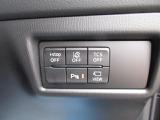 車線逸脱警報装置、レーンキープアシスト、リアパーキングセンサーを装備しています。