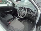 車内空間は、コンパクトながら使いやすい設定となっております!