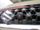 ★全方位カメラパッケージ★4個のカメラから得た画像を車両上方から見下ろしたような映像で表示することで、車と路面の駐車枠の関係を一目で確認できます!