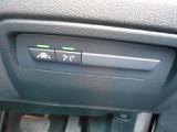 安心の前車接近警告システム&衝突軽減ブレーキ・車線逸脱防止システム&SOSコールシステムを装備☆お問合せ(無料ダイヤル)0066-9711-613077迄お待ちしております。