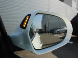 サイドアシスト装備車 ミラー内側のLEDにより死角による事故を軽減