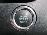 スマートキー付き♪プッシュスタートシステムを採用!スマートキーをカバンから取り出さずに、ボタンひとつでエンジン始動できます☆鍵を探す手間は必要なしです♪
