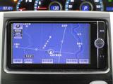 トヨタ純正SDナビゲーション付き♪フルセグTV・CD・AM・FMが視聴可能☆使い勝手も良く、操作も簡単です!お気に入りの選曲で、通勤・ドライブを快適にどうぞ♪