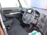 フロントシートからの眺めが見やすくて運転しやすい日産の軽自動車!