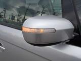 ウィンカー付きドアミラーで安全性もUP