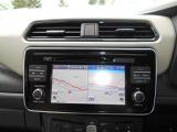 EV専用ナビ装備。EV専用ナビなので充電スポットを表示します。 Bluetooth接続やフルセグ・CD/DVD再生・ミュージックボックス機能付き!インテリジェントアラウンドビューモニターの画像もナビ画面に映ります。