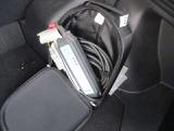 付属の普通充電ケーブル有ります。