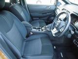 スポーティとラグジュアリーを兼ね備えた前席は車を操縦する楽しみをより高めてくれます
