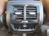 後席エアコン+リアシートヒーターで同乗者も快適です!