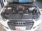 V8 4リッターのハイパフォーマンスモデルを手に入れませんか?
