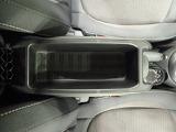 一年中快適なドライブをお楽しみいただけるエアコン装備。