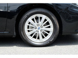 純正16インチアルミホイール装備!車好きだけでなく、安定感を求める方にピッタリです!(205/55R16)
