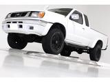 日産 ダットサンピックアップ 2.4 AX キングキャブ 4WD