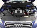 排気量を小さくし燃費とパワーを両立する高効率直噴スーパーチャージャーエンジン。