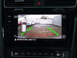パークアシスト付のリヤカメラも装備しておりますので車庫入れの苦手な方でも安心です。