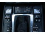 ルシェ・トラクション・マネージメントシステム(PTM)に含まれるアクティブ制御による4WDシステム