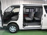 駐車時バック時の安全確認を サポート インナーミラータイプ バックモニター