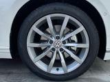 純正アルミホール タイヤサイズは235/45R18