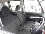 小さなボディからは想像出来ないほどの広くて開放感溢れる室内空間です!誰もがくつろげる自慢の車内!