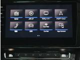 ナビ機能や音楽動画再生はもちろん車両情報や各種装備機能の設定もタッチパネルで操作できる「ディスカバープロ」は快適なドライブをサポート。