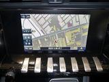 直感的な操作を可能にするタッチスクリーンを装備。
