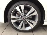 メルセデス・ベンツ CLA220シューティングブレーク 4マチック 4WD