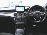 メルセデス・ベンツ CLA180 AMGスタイル