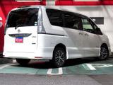 日産 セレナ 2.0 ハイウェイスター V エアロモード+Safety S-HYBRID
