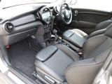 BMW ミニ クーパー D サザーク