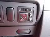 ドアミラーの鏡面の調節、格納は運転席からすべて操作できます!
