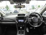 ◆シンプルで機能的な運転席廻り◆「車を操作する」ことを重視したインテリア◆SUBARUはヒトとクルマの一体感で安全へとつながる【0次安全】の設計です。◆